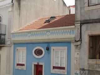 Gloria House, S. José Lisbon 2010: Casas  por QFProjectbuilding, Unipessoal Lda,Clássico
