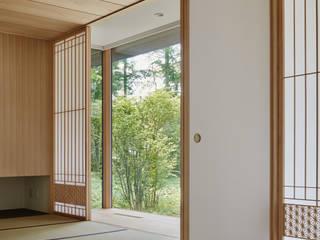 和室~041軽井沢Mさんの家: atelier137 ARCHITECTURAL DESIGN OFFICEが手掛けた和室です。