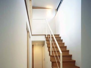 西中島の家 ラスティックスタイルの 玄関&廊下&階段 の FrameWork設計事務所 ラスティック