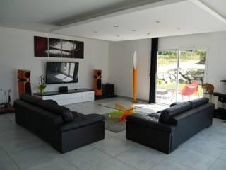 Décoration d'un salon et Pose d'une terrasse de 70 M2 par Entre Zen et Déco Moderne