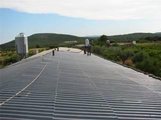 Impermeabilización de tejado: Casas de estilo  de Kzen Point S.L.