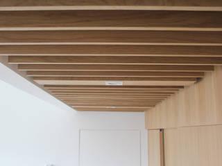Projekty,  Ściany zaprojektowane przez TAPERSTUDIO ARKITEKTURA S.L.P