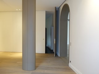 modern Corridor, hallway & stairs by SA2L RENOVATIONS PRIVEES
