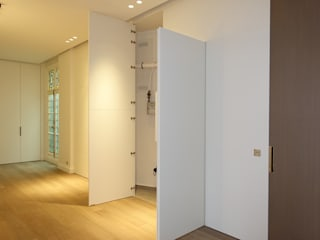 Corridor & hallway by SA2L RENOVATIONS PRIVEES