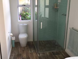 Residential Bathroom refurbishment: rustic  by Urban Dwellers Design Studio, Rustic