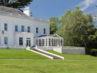 Conservatory on stunning Georgian Country Home Konservatori Klasik Oleh Vale Garden Houses Klasik