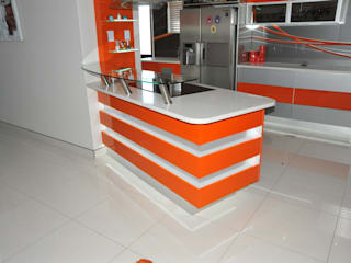 Expert Kitchens and Interiors Dapur Modern