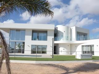 DYOV STUDIO Arquitectura, Concepto Passivhaus Mediterraneo 653 77 38 06 Villa Kumtaşı Beyaz