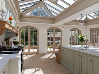 Luxurious Kitchen Diner Conservatory Konservatori Gaya Country Oleh Vale Garden Houses Country
