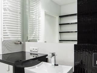 Mieszkanie Kraków, Czyżyny Nowoczesna łazienka od Pogotowie Projektowe Aleksandra Michalak Nowoczesny