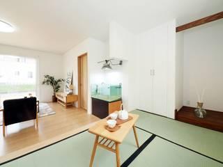 Live Sumai - アズ・コンストラクション - Modern living room Green