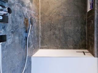 Private residence:  Badkamer door CioMé