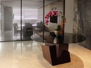 Pasillos y vestíbulos de estilo  de Concepto Taller de Arquitectura