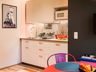 Finchstudio Modern style kitchen Multicolored