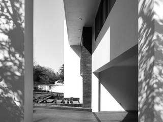 Maisons de style  par Excelencia en Diseño,