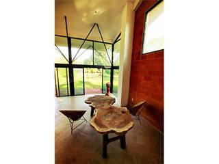 Villa Las Higueras Casas modernas de PRISMA ARQUITECTOS Moderno