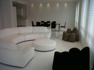 NB INTERIORES Living roomSofas & armchairs Leather White