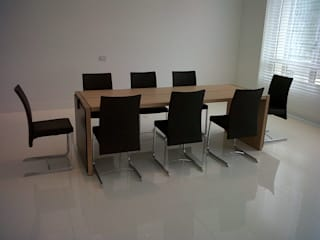NB INTERIORES Dining roomTables Leather Black