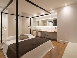 Oficina convertida en apartamento de alquiler en Rambla de Catalunya de JEEV ARQUITECTURA Moderno
