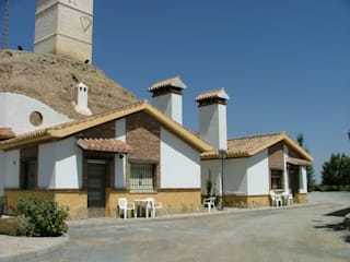 Fachada Principal: Casas de estilo  de Daniel J. Saldaña Arquitecto