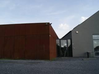 Modern bars & clubs by VORTEX atelier d'architecture Modern