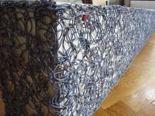 Blumenkasten neu interpretiert: modern  von freigeist-design,Modern