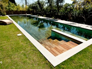 Piscine moderne par AGOR Engineering Moderne