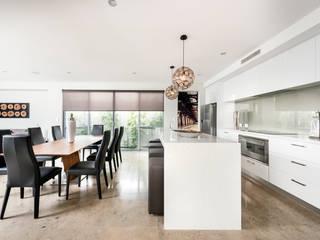 Kitchen & Dining Room Cocinas de estilo moderno de Moda Interiors Moderno Cuarzo
