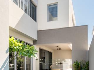Pool/Exterior Casas de estilo moderno de Moda Interiors Moderno Hormigón