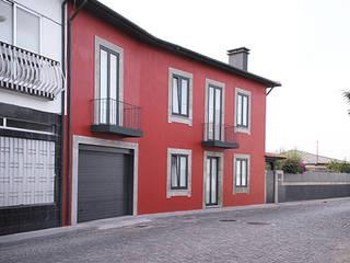House in Lavra, Matosinhos Vítor Leal Barros Architecture Minimalist house