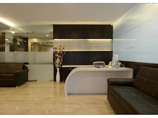reception area:  Office buildings by sayyam interiors.