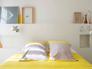 manrique planas arquitectes Mediterranean style bedroom