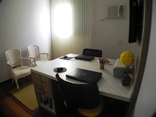 Home Office: Escritórios  por Josi Banov Designer de Interiores