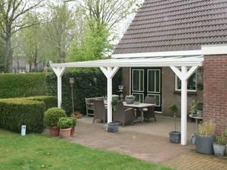 Veranda: moderner Garten von Gardendreams International GmbH