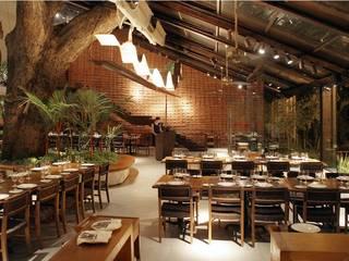 Zôzo: Espaços gastronômicos  por VG Vicente Giffoni Arquitetura e Planejamento,Eclético