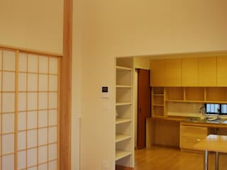 Comedores de estilo minimalista de 木の家設計室 アトリエ椿 Minimalista