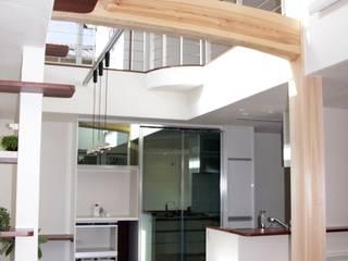 N邸: アリア建築工房が手掛けた現代のです。,モダン
