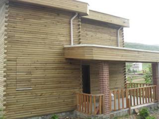 Gürsoy Kerestecilik Casas de estilo rústico Madera Acabado en madera