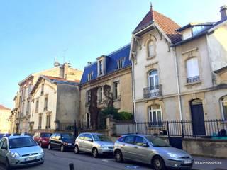 Vue de la maison avant rénovation:  de style  par 3B Architecture