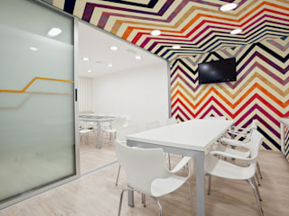 Estudios y oficinas de estilo  por Pixers