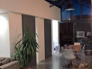 L&D Intérieur Salas de jantar modernas Cinza