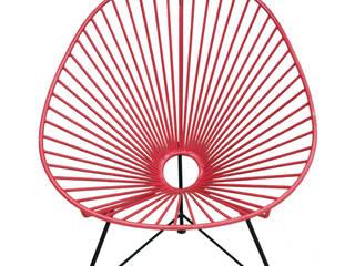 Silla de metal en rojo:  de estilo  de Conely