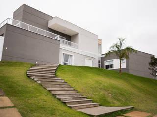Casas de estilo moderno de L2 Arquitetura Moderno