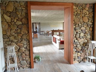 Rustic style windows & doors by Ignisterra S.A. Rustic Wood Wood effect