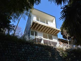 眺望の箱 モダンな 家 の SUR都市建築事務所 モダン