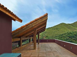 David Guerra Arquitetura e Interiores Balcones y terrazas de estilo rural