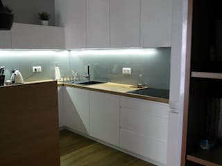 Stylownia Wnętrz Moderne keukens MDF Wit