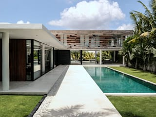 Construction d'une villa contemporaine à Bali par ARRIVETZ & BELLE