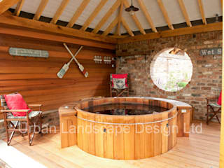 Outdoor Hot Tub Area & Oak Building: country Garden by Urban Landscape Design Ltd