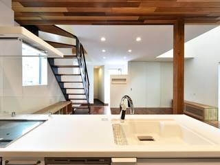 Kitchen by Sen's Photographyたてもの写真工房すえひろ, Modern